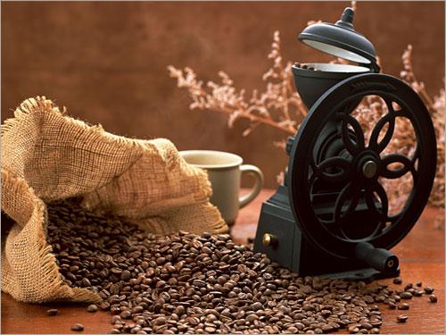 القهوة المرأة والمرأة الحب