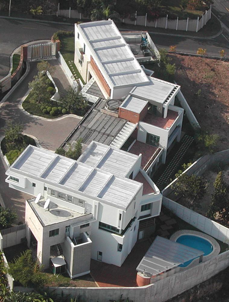 Viviendas Unifamiliares Tingo y Fenny - Pons Arquitectos
