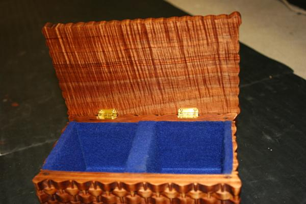 woven box , wood ID